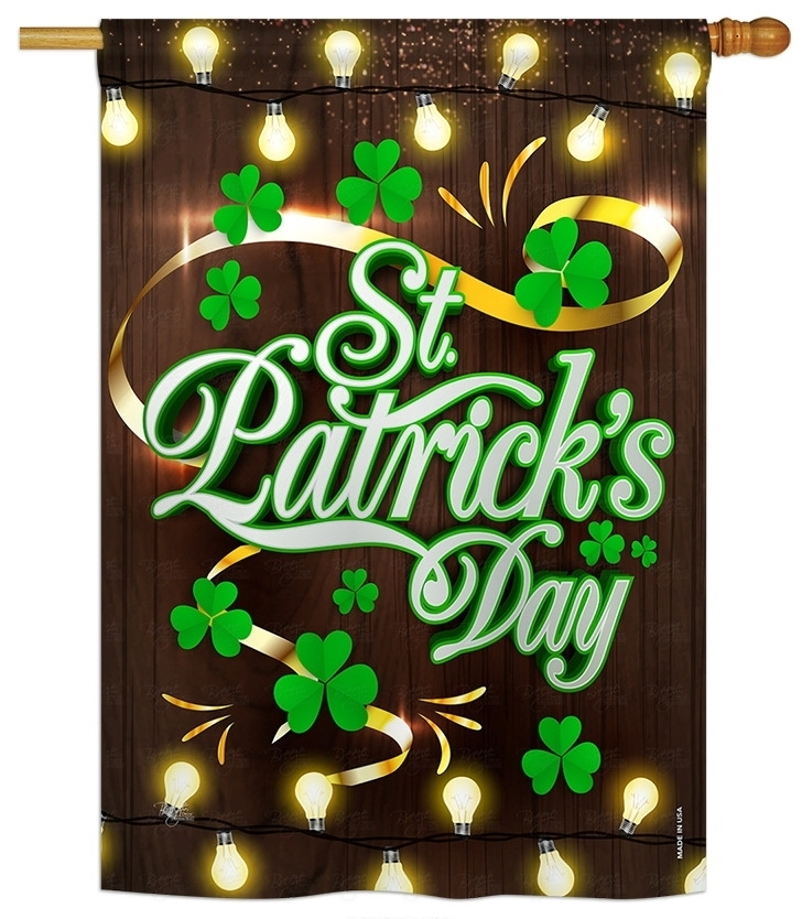 Lightful St. Patrick\'s Day House Flag